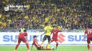 Dẫn trước 2 bàn, ĐT Việt Nam vẫn bị Malaysia cầm hòa đáng tiếc