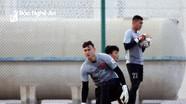 Bùi Tiến Dũng thay Văn Lâm bắt chính tại Asian Cup 2019?