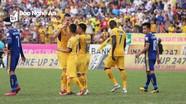 Thi đấu thiếu người, SLNA vẫn giành được 3 điểm trước Thanh Hóa