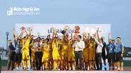 Khoảnh khắc Văn Quyến - Như Thuật và U15 SLNA nâng cao Cúp Vô địch