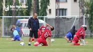 HLV Park bất ngờ lo lắng về Trọng Hoàng, dặn dò kỹ các thủ môn trước trận Thái Lan