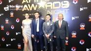Quế Ngọc Hải cùng HLV Park Hang-seo bảnh bao dự Lễ trao giải AFF Awards