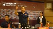 Trả lời đanh thép, HLV Park Hang-seo khiến phóng viên phấn khích