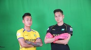 Cầu thủ trẻ Sông Lam Nghệ An tạo dáng chụp ảnh trong bộ áo đấu V.League 2020