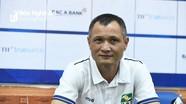 HLV Ngô Quang Trường 'hết lời' khen Phan Văn Đức và dàn cầu thủ trẻ SLNA