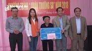 Trao tặng nhà tình nghĩa 'Xuân Trường Sa' cho mẹ liệt sỹ ở Nghi Lộc