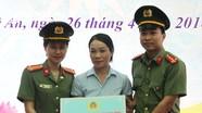 Hội phụ nữ Công an tỉnh bàn giao nhà tình nghĩa cho hội viên