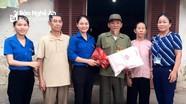 Tặng 40 suất quà cho cựu TNXP khó khăn ở Nghĩa Đàn