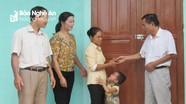 Trao nhà đại đoàn kết cho hộ nghèo ở Nghĩa Đàn