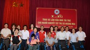 Hỗ trợ người khuyết tật, người nghèo ở các địa phương