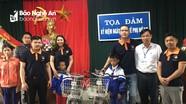 Trao tặng xe đạp cho học sinh khó khăn ở Nghĩa Đàn