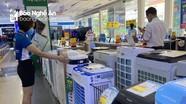 Nghệ An: Thị trường hàng chống nóng 'tăng nhiệt'