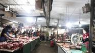 Chợ, siêu thị TP Vinh vắng hẳn sau một ngày cách ly 8 khu dân cư