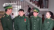 Trao tặng Huân chương Chiến công hạng Nhất cho Đại úy Nguyễn Đình Tài
