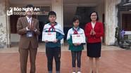 Xã ở Nghệ An có nhiều học sinh trả lại tài sản nhặt được cho người đánh mất