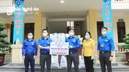 400 túi quà an sinh hỗ trợ người dân, sinh viên gặp khó khăn do đại dịch Covid-19