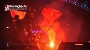 Cổ động viên Nghệ An cháy hết mình với U23 Việt Nam