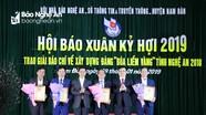 """Trao giải Báo chí """"Búa liềm vàng"""" tỉnh Nghệ An 2018"""