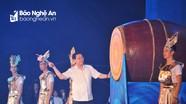 Phó Thủ tướng Vương Đình Huệ đánh trống khai hội Du lịch Cửa Lò 2019
