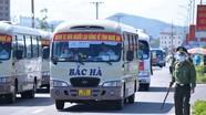 Nghệ An đón gần 1.000 lao động từ Bắc Giang trở về