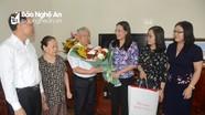 Lãnh đạo HĐND tỉnh thăm, chúc mừng các nhà giáo tiêu biểu
