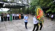 Đoàn đại biểu Nghệ An dâng hương tưởng niệm tại Nghĩa trang liệt sĩ Quốc gia Trường Sơn và Đường 9