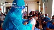 Ngày đầu tiên, ngành Y tế Nghệ An hỗ trợ Hà Tĩnh lấy hơn 4.000 mẫu bệnh phẩm