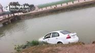 Ô tô lao xuống sông Vách Bắc ở Yên Thành