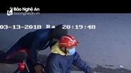 Truy tìm tên trộm xe máy tại quán cà phê từ hình ảnh camera an ninh