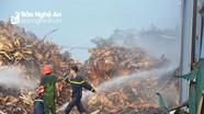 Cháy lớn tại xưởng chế biến than sạch xuất khẩu ở Nghệ An