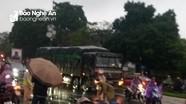 Xe khách biển Nghệ An đâm tử vong nữ sinh ở thành phố Phủ Lý