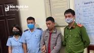 Nghỉ phòng dịch Covid-19, nam học sinh lớp 11 buôn pháo nổ bị bắt giữ