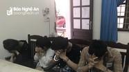 4 thanh thiếu niên đang 'phê' ma túy trong khách sạn ở thành phố Vinh