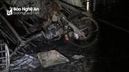 Cháy cửa hàng đồ nhựa trong đêm ở Cửa Lò, 2 người kịp thoát ra ngoài