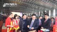 Phó Thủ tướng Vương Đình Huệ dự lễ ra mắt sản phẩm của nhà máy bánh kẹo lớn nhất Nghệ An