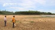 Nghệ An: Nắng nóng, hồ đập trơ đáy, ruộng đồng nứt nẻ