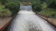 Xả tràn hồ chứa lớn nhất miền Tây xứ Nghệ ứng phó bão số 4 Podul