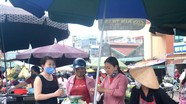 Nghệ An: Người dân chủ quan, chen chúc vào chợ mua sắm, không giữ khoảng cách