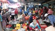 Nghệ An: Ngày nghỉ lễ, hải sản nhộn nhịp người mua