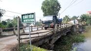 Cầu gần 40 năm tuổi ở Nghệ An nguy cơ sập sau lũ
