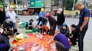 Nông dân Nghệ An rộn ràng 'đụng' lợn Tết