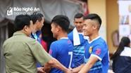 Ngày trở lại sân Vinh của Nguyễn Anh Hùng