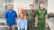 Cụ ông đãng trí đi lạc ở Nghệ An được công an đưa về nhà an toàn