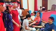 Hơn 2.000 người tham gia Ngày hội hiến máu 'Giọt hồng Xứ Nghệ'