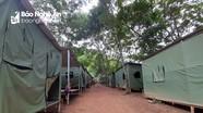 Tránh sạt lở đất, hàng trăm hộ dân ở Kỳ Sơn trú tạm lều bạt