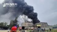Cháy lớn tại kho chứa hàng ở thành phố Vinh