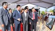 Khai mạc Ngày hội 'Thắm tình hữu nghị đặc biệt Việt Nam - Lào' ở Nghệ An