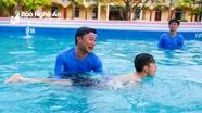 Nghệ An: Địa phương, trường học đầu tư hàng trăm triệu đồng xây bể bơi cho học sinh