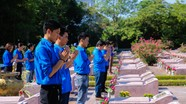 Xúc động những ngày tháng 7 ở Nghĩa trang liệt sỹ thành phố Vinh