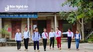 Hành trình xuống núi học chữ của những em bé người Mông vùng biên giới Nghệ An